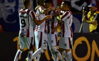 River quiere seguir soñando en la Libertadores. Foto: AFP