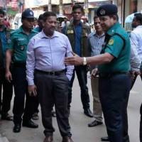 Asesinan a machetazos a dos activistas homosexuales en Bangladesh. Uno de ellos trabajaba en la embajada de EE.UU
