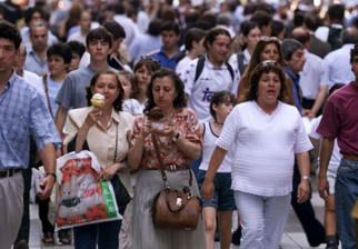 La clase media uruguaya aumentó en 300.000 personas entre 1995 y 2012 y el gasto público en educación creció 140% real en el período 2004-2015