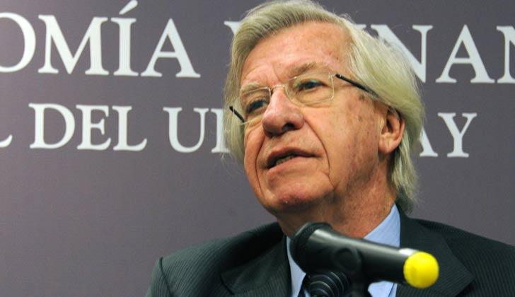 Danilo Astori explicará al Parlamento situación actual de la economía en relación a la proyectada en Presupuesto