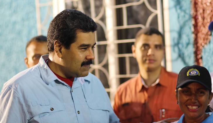 Nicolás Maduro rechaza protestas violentas por racionamiento energético. Descartan toque de queda