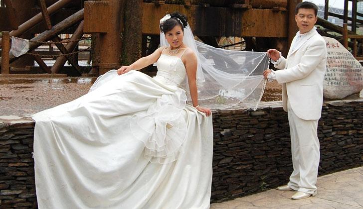 """Matrimonio In Kazakistan : China cada vez más agencias """"eliminan amantes nuevas"""