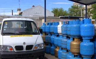 Distribuidores de supergas anuncian que si continúa el conflicto en Riogas habrá desabastecimiento en dos días