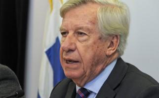 """""""No es ajuste, porque no se recortaron planes sociales ni prioridades del Gobierno"""", afirma Astori. Foto: Presidencia del Uruguay."""