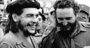 """¡La Cuba del Che y de Fidel, """"quien te ha visto y quien te ve"""", entre cocos y palmeras, se abre la pasarela de Coco Chanel!"""
