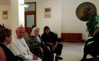 """Papa Francisco recibió a titular de Madres de Plaza de Mayo: """"Ésto le hace acordar al 55"""", cuando el golpe contra Perón dijo Bonafini. Foto:@PrensaMadres"""