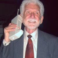 Se cumplen 43 años de la primera llamada desde un teléfono móvil