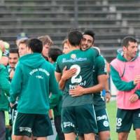 Plaza Colonia empató 2 a 2 con Racing pero mantiene el liderazgo en el Campeonato Clausura