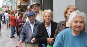 El gobierno otorgará un aumento extra para jubilaciones y pensiones más bajas