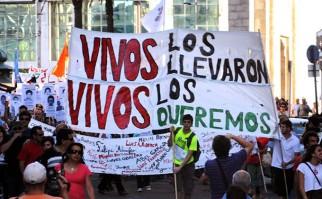 Movimientos sociales realizan este domingo 26 una jornada de propaganda y agitación por la desaparición de los 43 estudiantes de Ayotzinapa