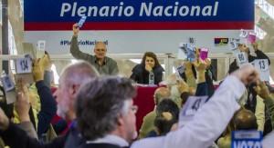 El Plenario Nacional del Frente Amplio aprobó por mayoría impulsar la reforma la Constitución de la República