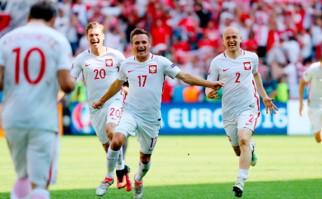Polonia venció a Suiza en los penales avanzó a los cuartos de final de la Eurocopa. Foto: @UEFAEURO