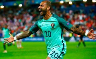 Portugal con un gol sobre el final del alargue venció a Croacia y se metió en cuartos de final. Foto: @UEFAEURO