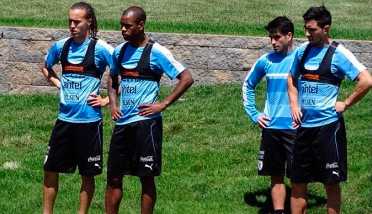 Uruguay ya está en California donde enfrentará su último partido por la  Copa América Centenario. 2d3b5bb95e6d6