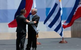 Vicepresidente del Área Social de Venezuela, Jorge Arreaza, destaca al presidente Tabaré Vázquez como un amigo de la revolución bolivariana. Foto: MINCI