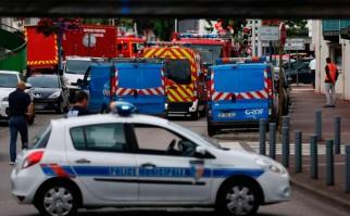 Tras toma de rehenes en una iglesia de Normandía Hollande asegura que el EI ha declarado la guerra a Francia. Foto: EFE
