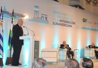 El gobierno destaca los avances logrados en la construcción de la hidrovía en el río Uruguay