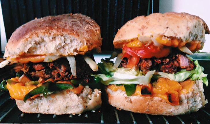 Una hamburguesa vegana de Vegan Wraps que tienta a cualquiera.