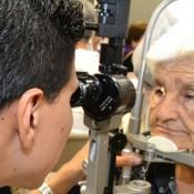El Hospital de Ojos podrá realizar 4.000 cirugías más por año al adquirir nuevo equipamiento