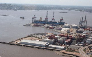 Vista aérea puerto de Montevideo
