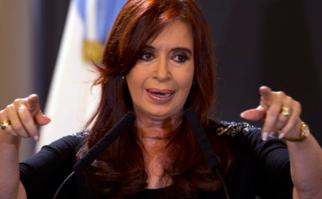 """Cristina Fernández denunció """"Periodismo de guerra: si no hay pruebas inventemos títulos""""."""