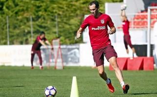 Godín entrenando con el Atlético de Madrid. Foto: Facebook Diego Godín.