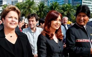 Evo Morales y Cristina Fernández reiteraron su apoyo a Dilma. Foto: Archivo AP