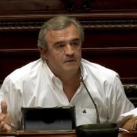 """El senador blanco Jorge Larrañaga denuncia que las cúpulas sindicales """"perdieron la brújula"""""""