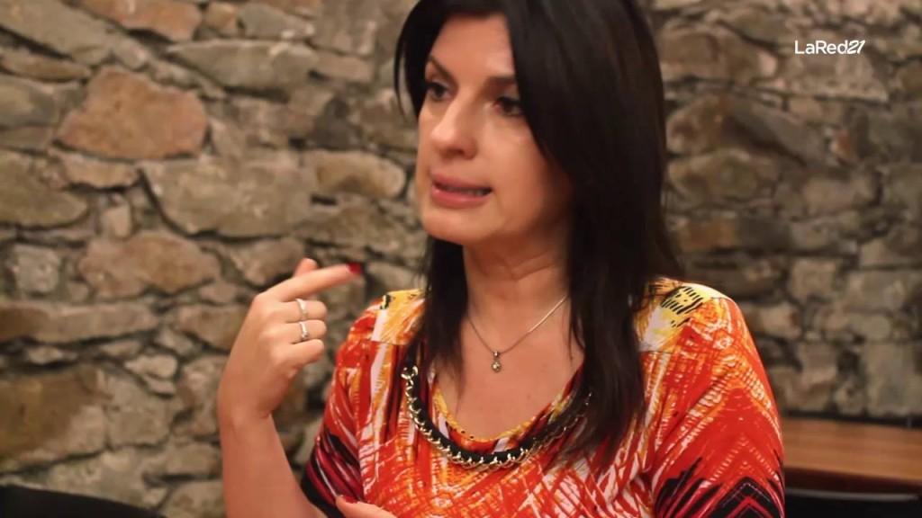 """""""El 70% de la población uruguaya nunca fue al teatro y nuestro desafío es traerla al teatro"""", expresó Daniela Bouret, directora del Teatro Solís"""