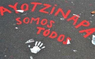 Ayotzinapa, dos años sin respuestas. Foto:  @regeneracion_r