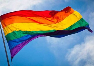 La historia de la bandera LGBT