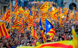 Cataluña anuncia referéndum de independencia para 2017.
