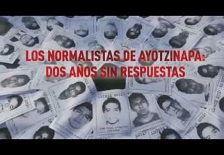 Enfrentamiento entre policías y estudiantes por el segundo aniversario de la desaparición de personas en Ayotzinapa