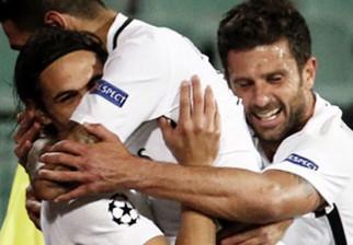 Cavani x 2 para el triunfo del PSG en Bulgaria