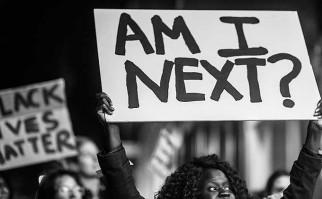 """Representante de la ONU: """"Las muertes a manos de la policía en EE.UU. evocan el terror racial de los linchamientos"""". Foto: http://www.occupy.com/"""