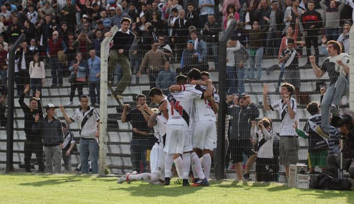 Danubio ganó de atrás y mantiene la punta - Noticias Uruguay LARED21