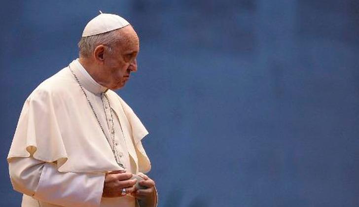 """El papa Francisco implora un """"cese el fuego inmediato"""" en Siria."""