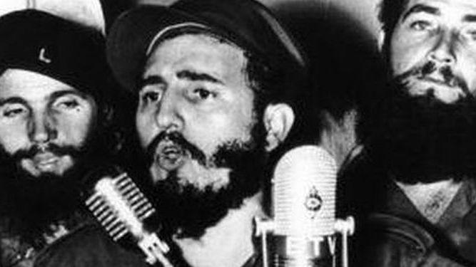 Fidel Castro habla a la nación cubana en 1959, recién derrocado Batista.