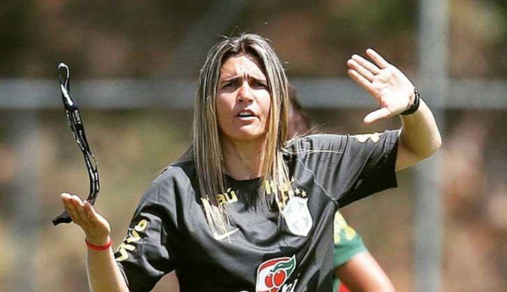 Emily Lima será la primera mujer en dirigir a la selección femenina de fútbol. Foto: Facebook Emily Lima
