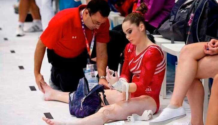 Casi 400 niñas gimnastas estadounidenses fueron abusadas sexualmente en los últimos 20 años.