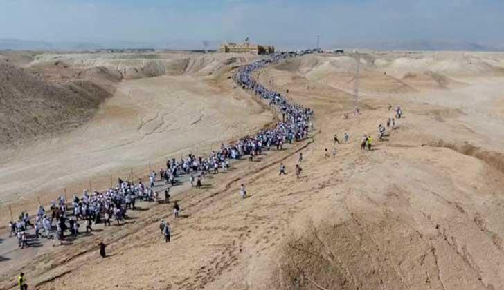 Miles de mujeres hebreas, musulmanas y cristianas marcharon juntas en Israel por la paz.
