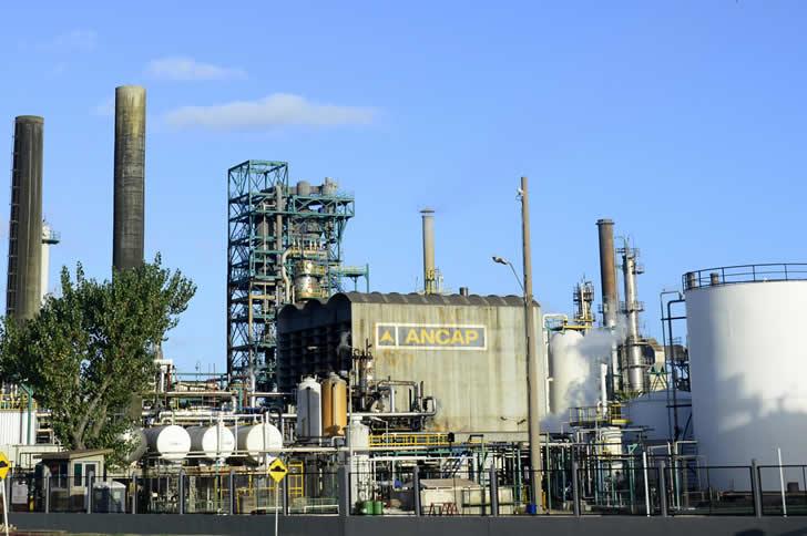 Refinería de La Teja / Foto: Presidencia