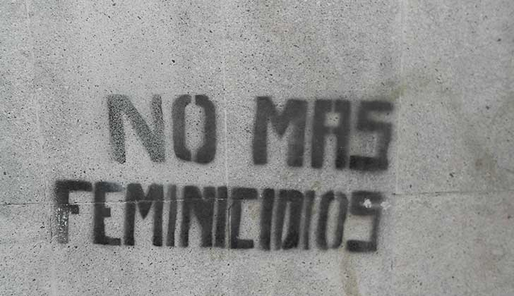 "Rechazan declaraciones de Chediak por calificar femicidio como ""crimen pasional"". Foto: Wikicommons"