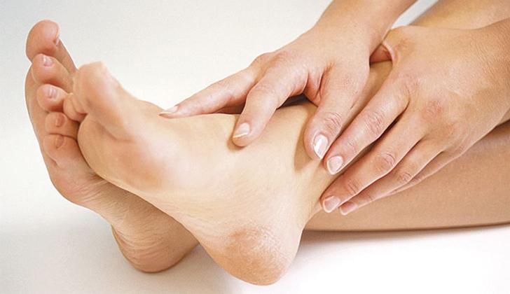 ¿Es dolorosa la hinchazón de las piernas?