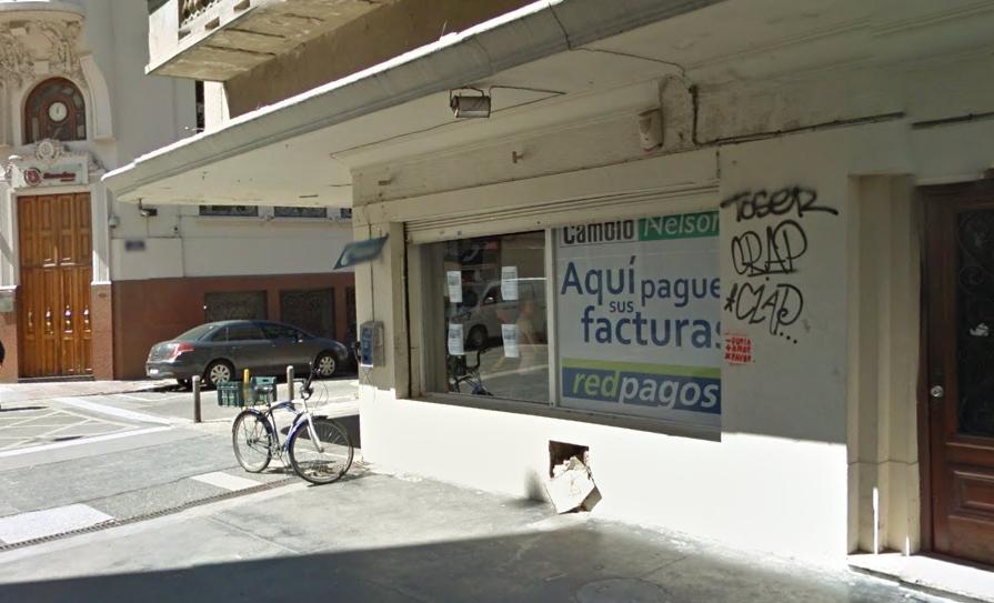 Cambio Nelson, en la Peatonal Sarandí, Ciudad Vieja. Foto cortesía de Google Street View.