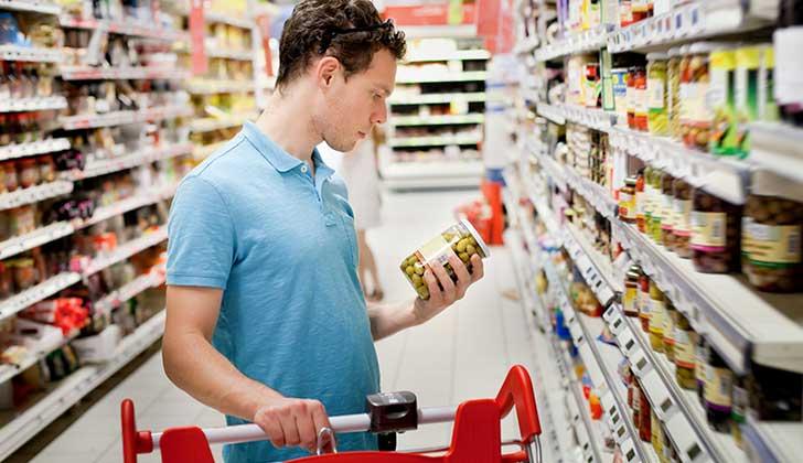 Un 40% de los niños uruguayos tiene sobrepeso; el MSP evalúa etiquetar alimentos con exceso de azúcar, grasa y sal .