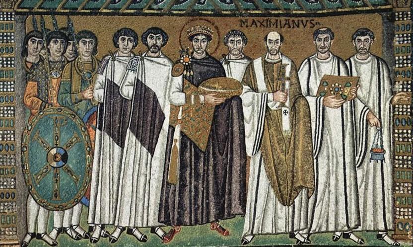 Corte del emperador bizantino Justiniano I, mosaico de San Vital de Rávena.