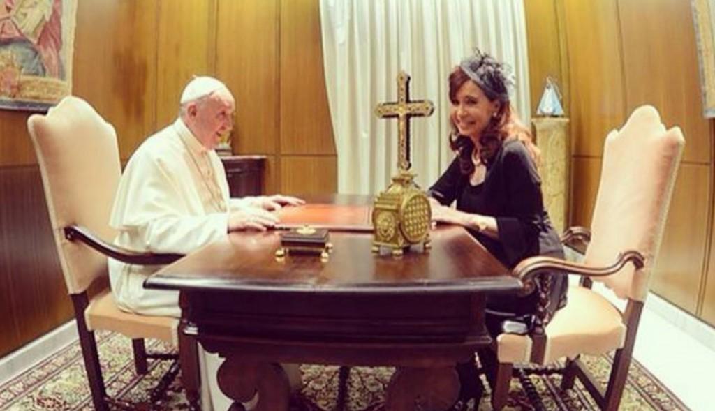 El gobierno denunciaría a CFK porque faltan los regalos