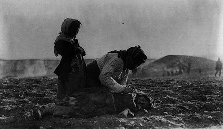 Trump denuncia genocidio armenio,