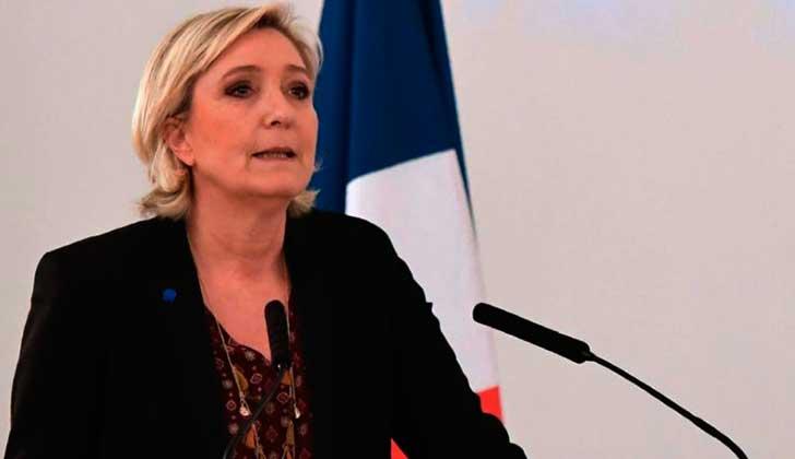 Macron recibe apoyo a su candidatura — Francia